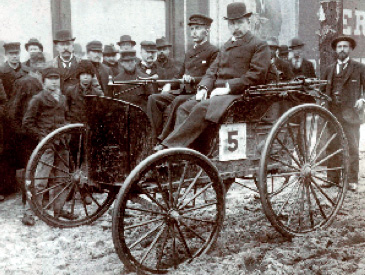 First American auto race, circa 1895 in Chicago